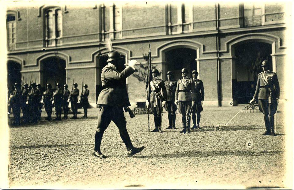 S.A.R. il Principe Umberto Alfiere Bandiera 2° Reggimento Granatieri di Sardegna