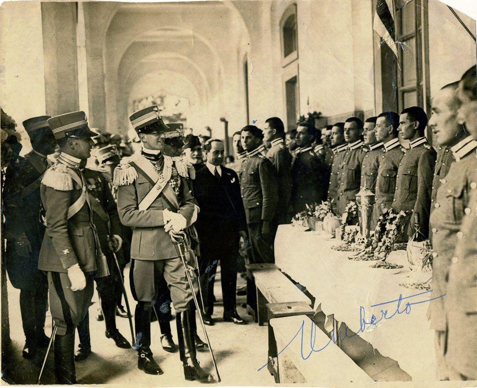 S.A.R. il Principe Umberto al 2° Reggimento Granatieri di Sardegna